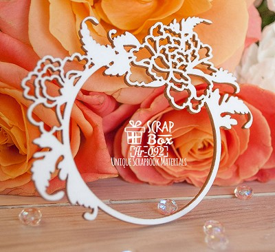 Chipboard frame with Japanese roses round Hr-092