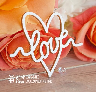 Chipboard inscription Love in Hearts Hi-341